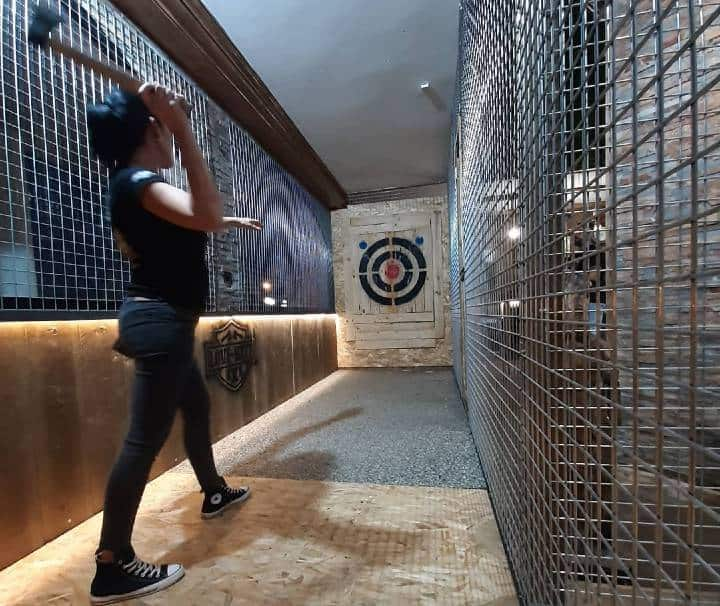Axe throwing Gran Canaria maspalomas