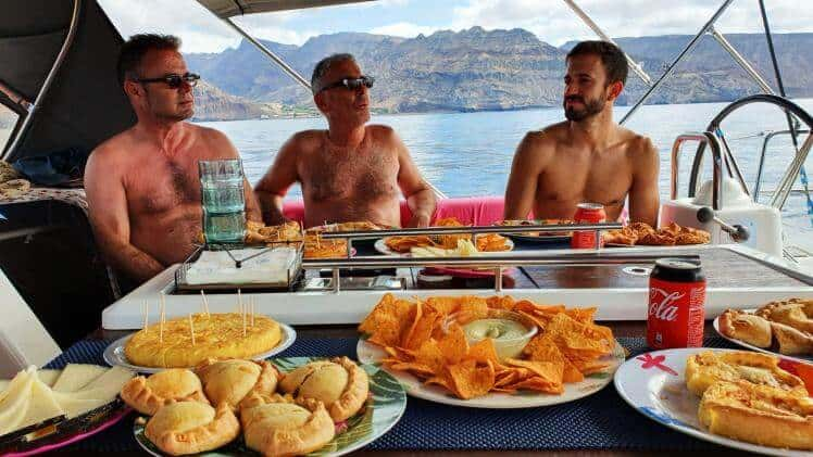 Gay friendly boat trip Gran Canaria food included