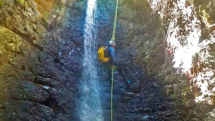Gran Canaria Canyoning tour and rappelling