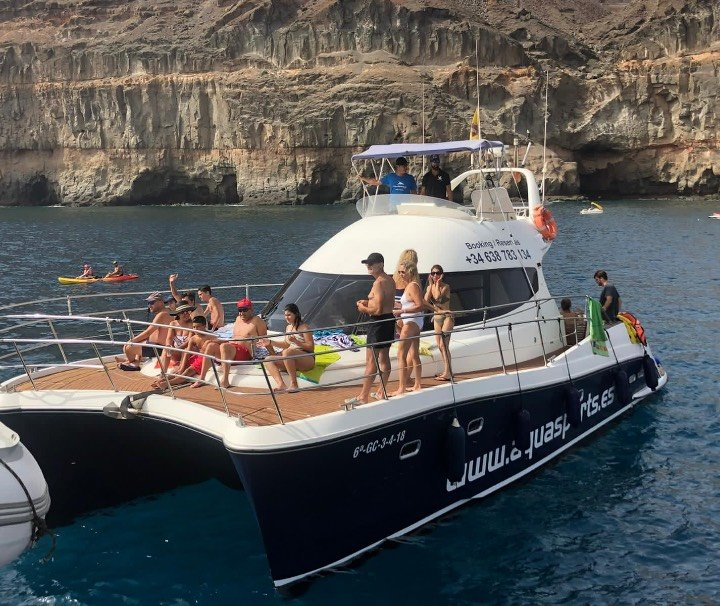 Private Yacht trip in Mogán